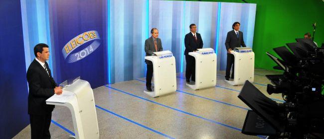 Candidatos não conseguiram demarcar posições que pudessem convencer o eleitor