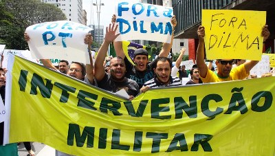 Alienados paulistas pedem até golpe militar; sabem de nada, inocentes...: