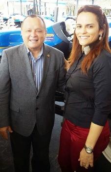 A prefeita de Mata Roma com o deputado Paulo Neto