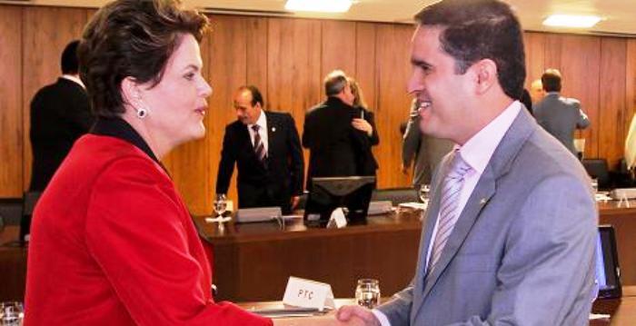 Edivaldo Holanda é o aliado de Dilma entre os candidatos a prefeito