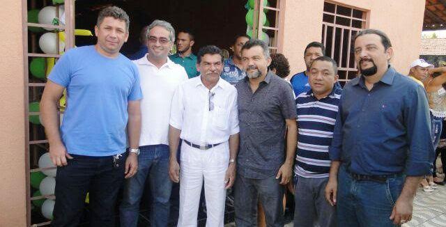 Cléber Verde e Júnior Verde com as lideranças de Brejão