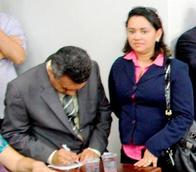 Edna, com o vice-prefeito Edinaldo Dino