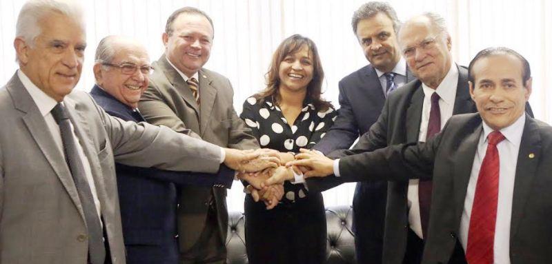 Eliziane entre as principais lideranças do PPS e do PSDB: de Aécio neves a Roberto Freire; Brandão a Castelo