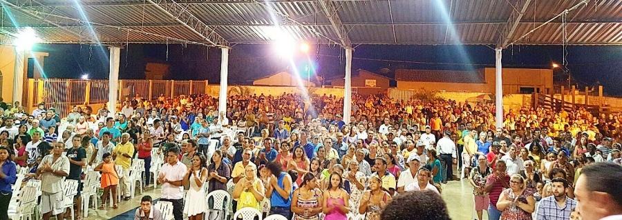 Uma multidão participou do evento de lançamento da pré-candidatura de Dr. Nelson
