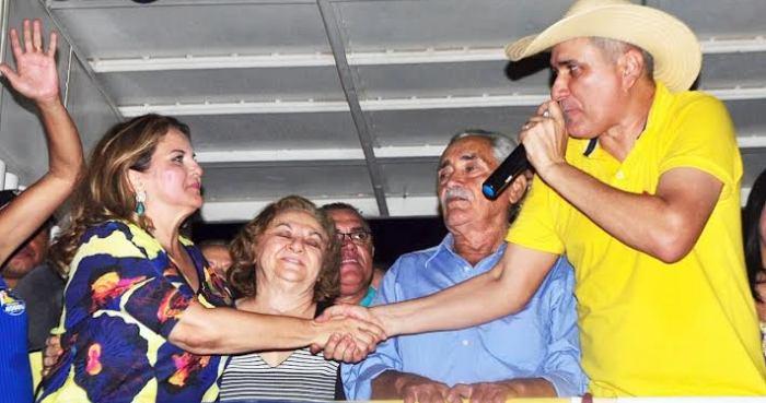 Maura Jorge com seu candidato, Laércio Arruda: força e prestígio