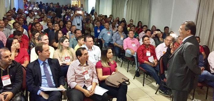 Flávio Dino com os prefeitos eleitos pelo PCdoB; comunistas?!?