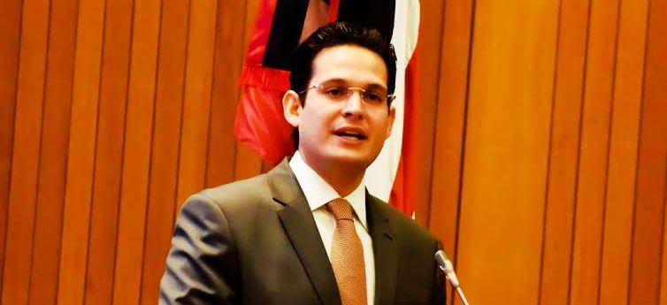 """Ao denunciar o fimdo """"mais Asfalto"""", Alexandre Almeida retoma suspeitas de compra de votos em favo de aliados do PCdoB"""