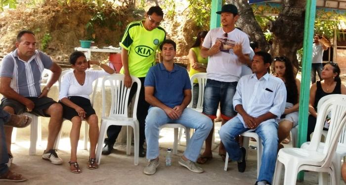 Eduardo Braide em momento de confraternização com as lideranças da área Itaqui-Bacanga
