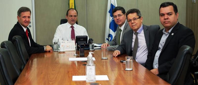 Aluisio reforçou pedidos dos diretores do Aldenora ao ministro Ricardo Barros