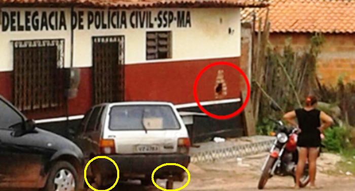 Em foto de 2015, do blogo do Carlinhos Filho, é possível ver o carro sem penus e os buracos na parede; a situação não mudou
