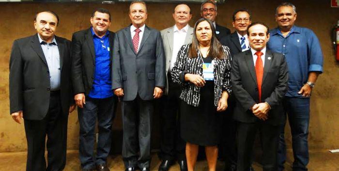Em Brasília, prefeitos e parlamentares também participaram de eventos tucanos