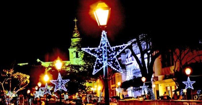 Iluminação de Natal se restringe à praça Pedro II e a duas pontes